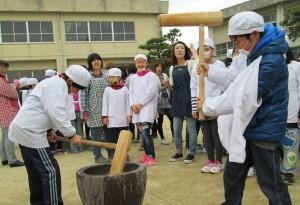 もちつき大会(昭代第一小学校)