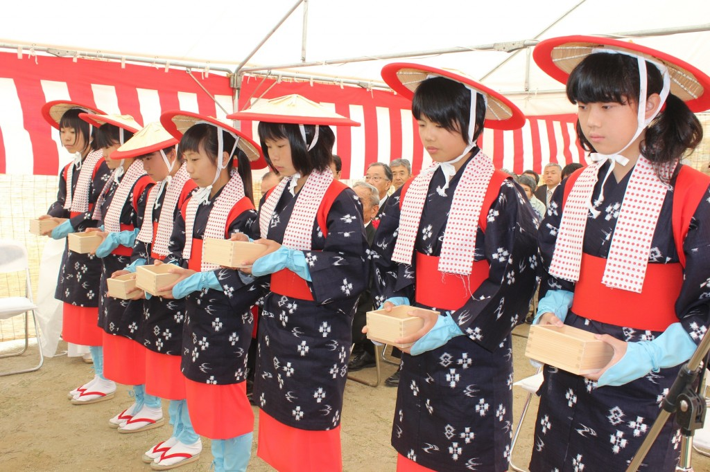 新嘗祭水稲・粟播種祭(県版用)
